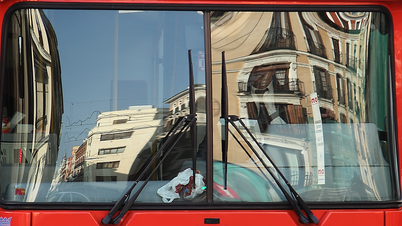 Learn Spanish in Madrid while you drive a bus
